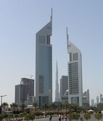 الحصول على إقامة في دبي